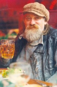 Ефим Гаммер: в любимом пабе драматурга Шекспира, Лондон, 1996 год.